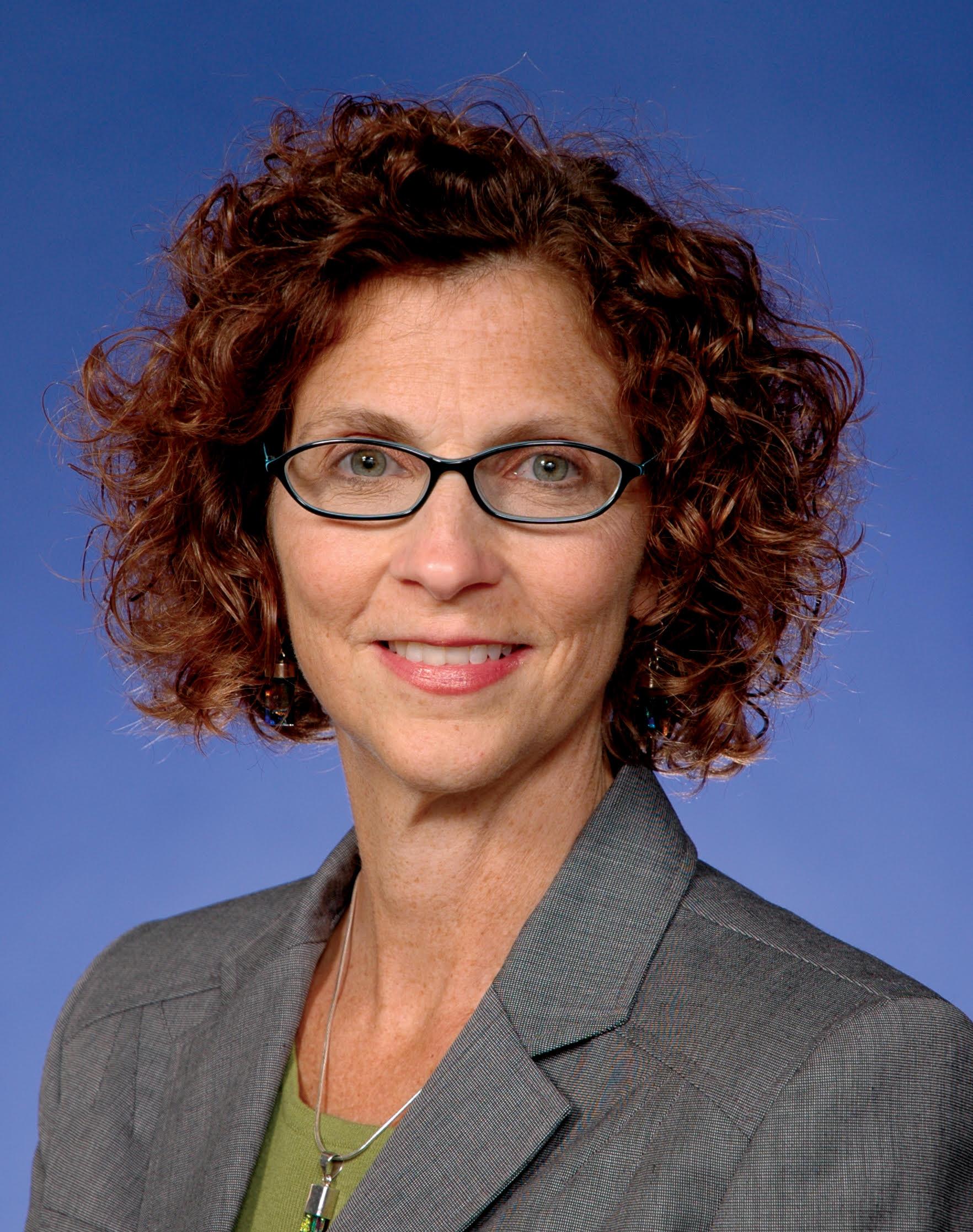 Kate Jackson Distinguished Energy Alumna Wilton E