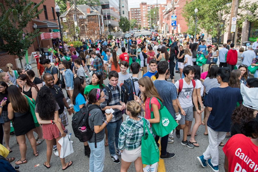 Image of a crowded Craig Street