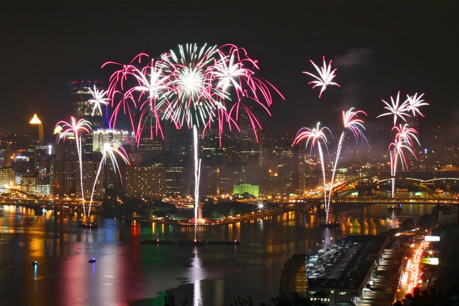 Image of fireworks over Pittsburgh