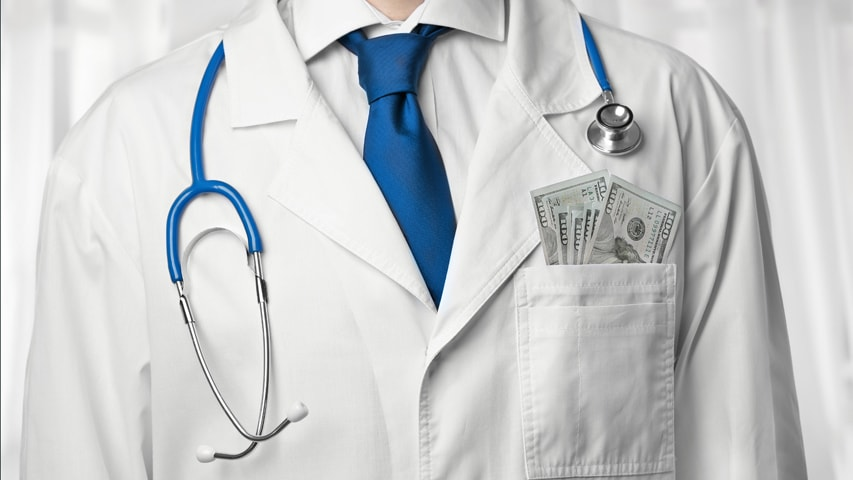 Image of a doctor in a labcoat