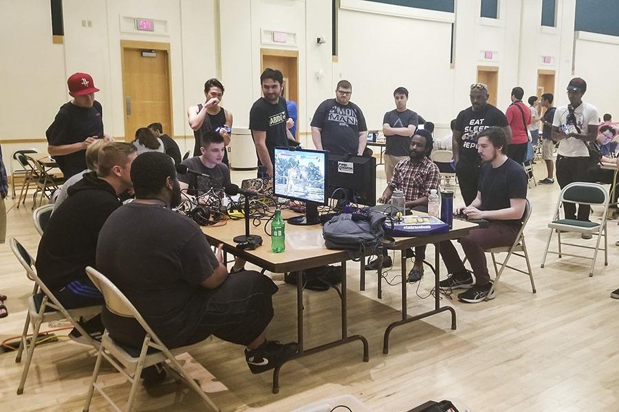 Sports Photography At Cmu: Esports Club Brings CMU Gamers Together