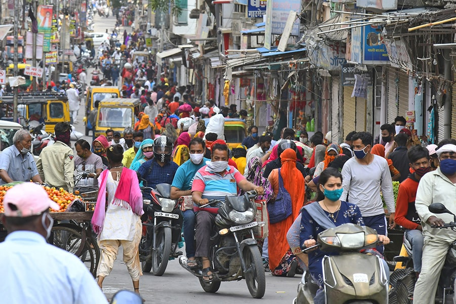 tartans-aid-india-900x600-min.jpg